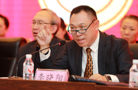 5副院长李晓阳对提案进行解答
