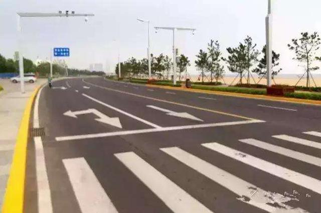 大庆东城区18条道路设禁停线 违停罚200元记3分