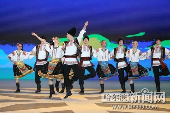 舞蹈《摩尔多瓦舞蹈组合》