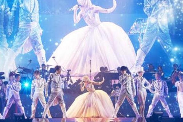 滨崎步唱片出道20周年巡演开始 预计动员超10万人