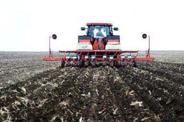 哈市春耕启幕大田播种开始 双城玉米率先播种