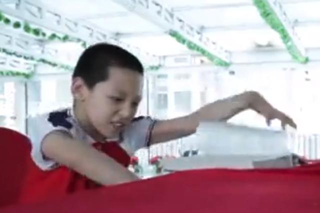 黑龙江一脑瘫康复中心11名孩子正常上学