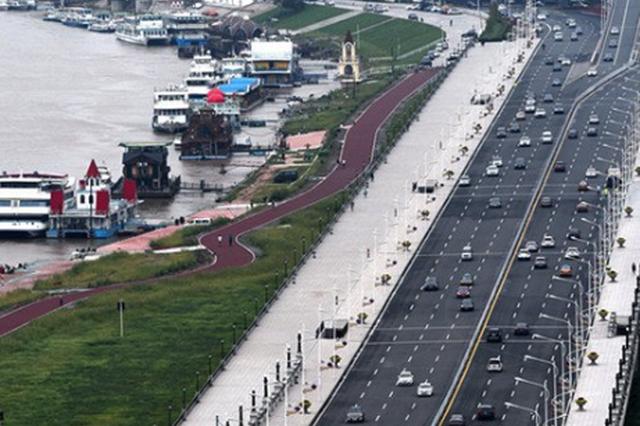 """咋做到的?哈尔滨快速摘掉了全国""""第一堵城""""的帽子"""