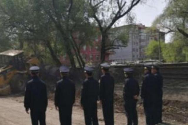 """任家桥马家沟沿线1000余延长米""""圈地""""被清理"""