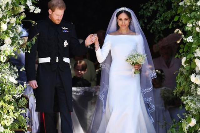 水果姐评价梅根的婚纱不够合身 凯特王妃胜出一筹