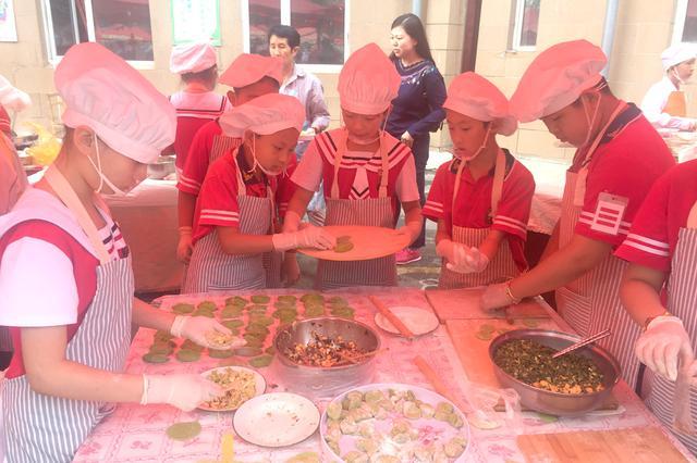 哈市小学生手艺要逆天 饺子皮1分钟10个粽子24秒1个