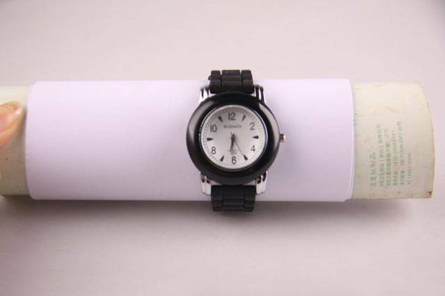 哈市中考:考生需带指针式手表 迟到半小时不准入场