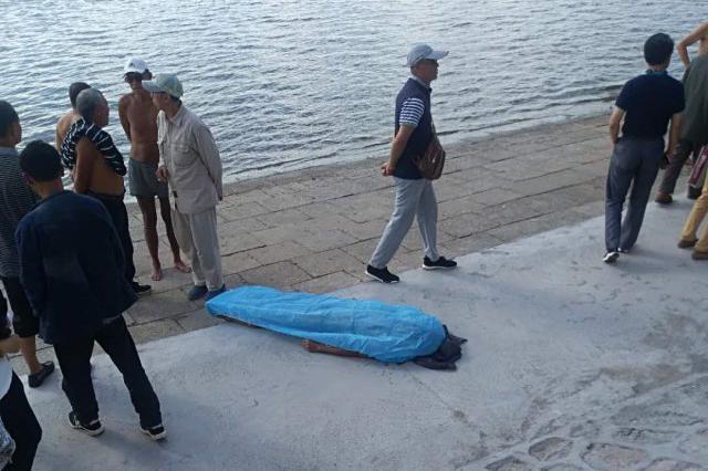 六旬男子刚游上江心岛突发急症 抢救无效身亡