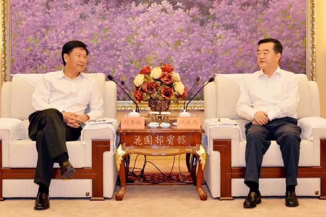 张庆伟会见首都机场集团公司总经理刘雪松一行