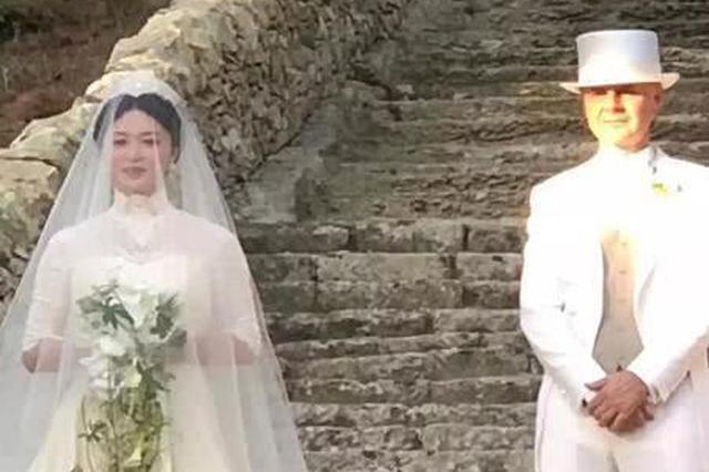 金星与老公在意大利举行复婚婚礼 穿白纱圣洁唯美