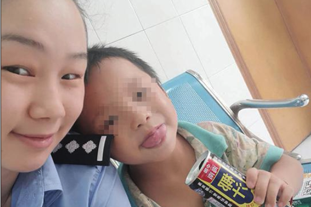 警方为5岁男童找父母:疑似自闭症 家人失联超5天