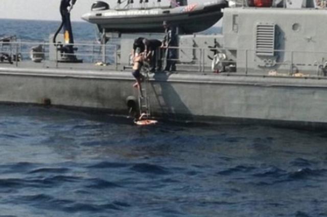英国女子酒后从邮轮坠海 漂流10小时后奇迹获救