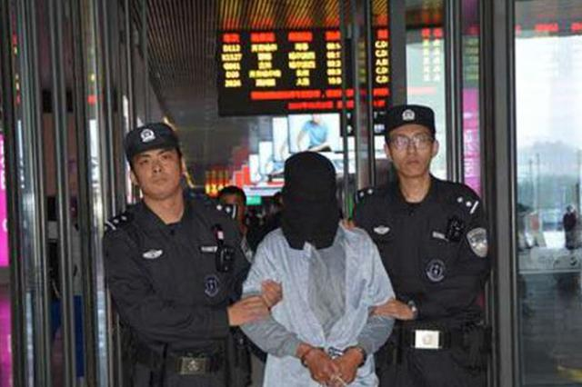 """呼兰一男子杀人后逃了18年 被抓时已忘""""自己是谁"""""""