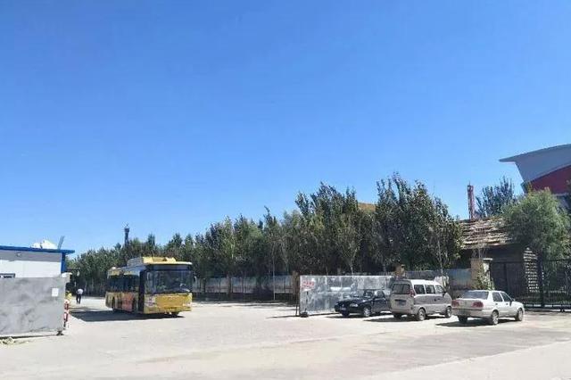 哈市大发市场站前移220米 67、90、106、124路受影响