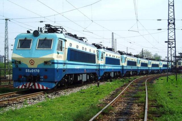 百年滨绥线电力机车走起 哈牡铁路电气化改造已完成