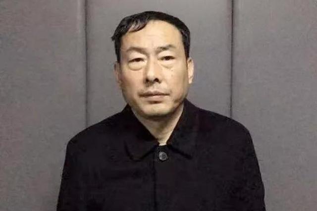 汤原县公安局一派出所长接受纪律