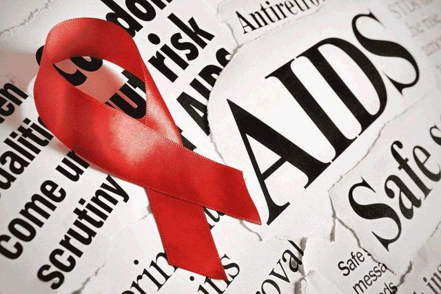 """艾滋病""""大学生""""田喜去世 确认感染后仍参加高考"""