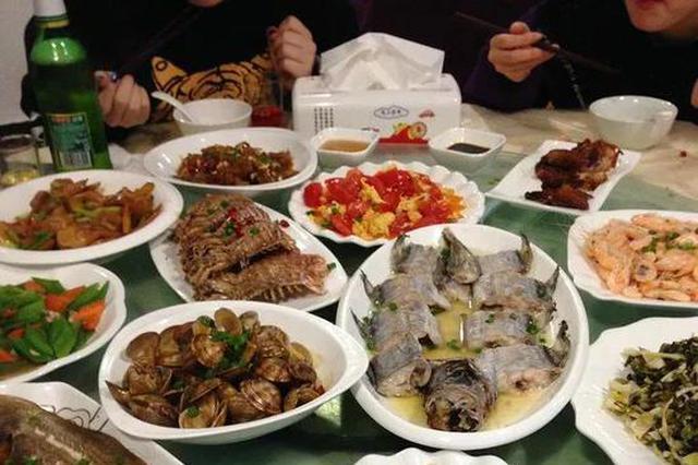 坚果莫过量、吃动两平衡 春节饮食送您六个提醒
