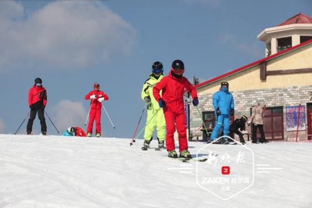 """收藏!四条""""咖级""""滑雪攻略带你玩转冰城春雪期"""