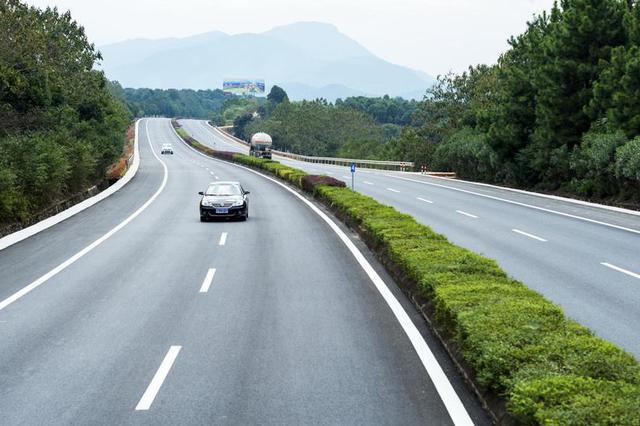 黑龙江省46个1786公里国省道改造工程将在年内实施
