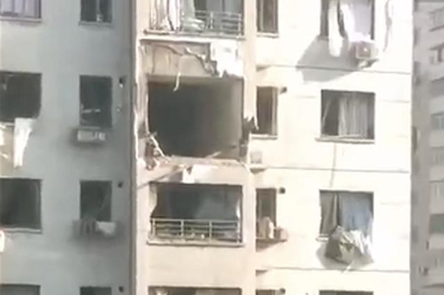 辽宁一居民楼发生爆炸 官方称人员伤亡情况尚不明