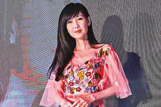 周慧敏台北小巨蛋办30周年演唱会 称不请老公上台