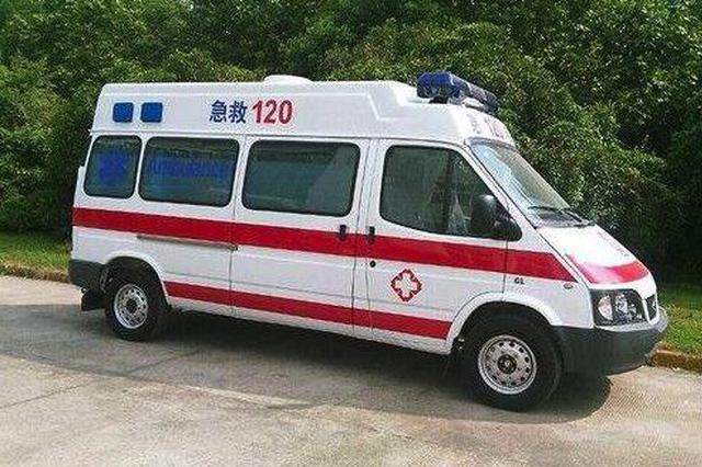 黑救护车抢地盘恶意撞真救护车 两男子获刑