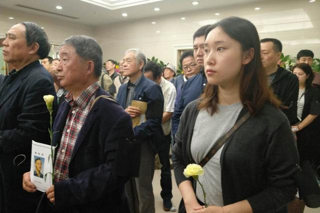 葫芦娃之父胡进庆追悼仪式举行 葫芦娃主题曲送别