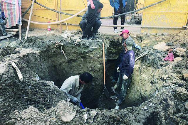 哈市买卖街施工挖断供电电缆2000多户停电1.5小时