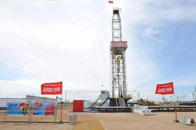 大庆油田1205钻井队 累计进尺300万米创下新纪录