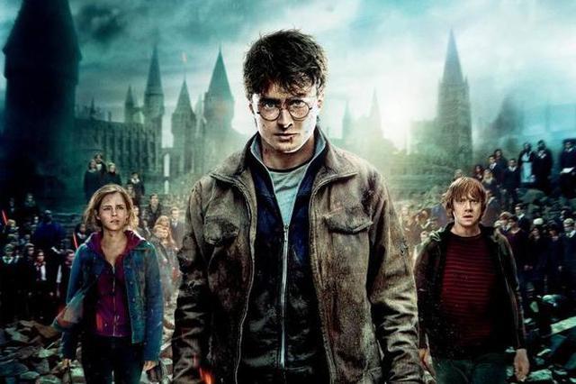 美国一学校图书馆下架《哈利波特》:咒语是真的