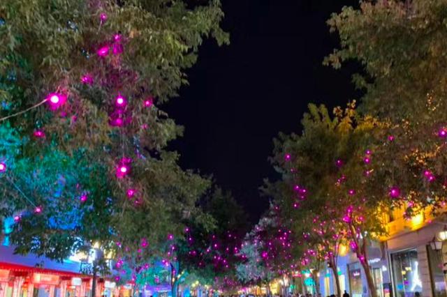 哈尔滨市百年老街光影流动 摄影发烧友扎堆拍摄