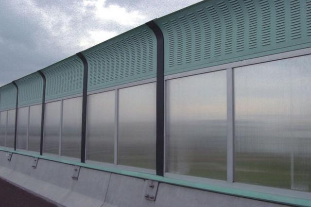 哈尔滨市将在三处高架桥建7.4公里长隔音屏