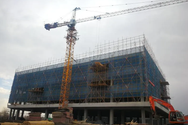"""哈尔滨: 111个项目纳入""""省百大"""" 总投资3835亿元"""