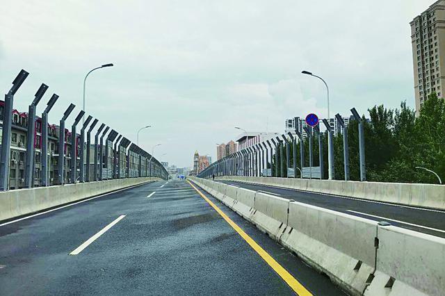 哈尔滨市东二环高架工程主体桥梁现已通车