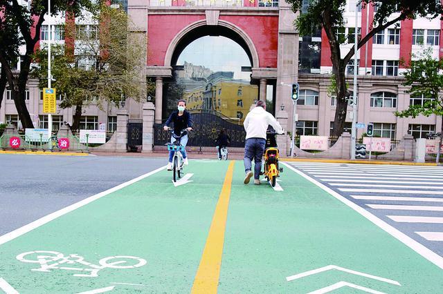 """冰城绿色慢行系统再升级 """"网红斑马线""""上线"""