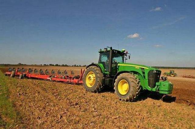 提高倒伏农作物机械收获能力 我省扩大农机补贴范围