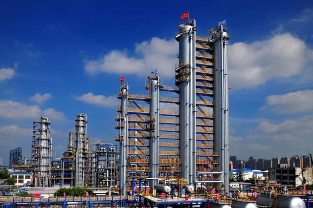 """""""省百大""""哈石化气分装置改造及聚丙烯项目建成投产"""