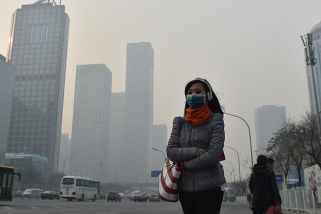 吉林榆树烧秸秆 哈尔滨出现重度污染天气