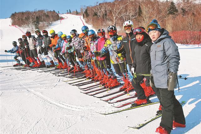 鹤岗高山滑雪队27年斩获130多项国家、省级冠军,6项世界冠军