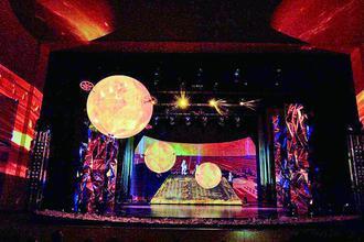 《三体》舞台剧让冰城与未来对接