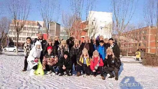 深圳学子集体参观哈尔滨规划展览馆