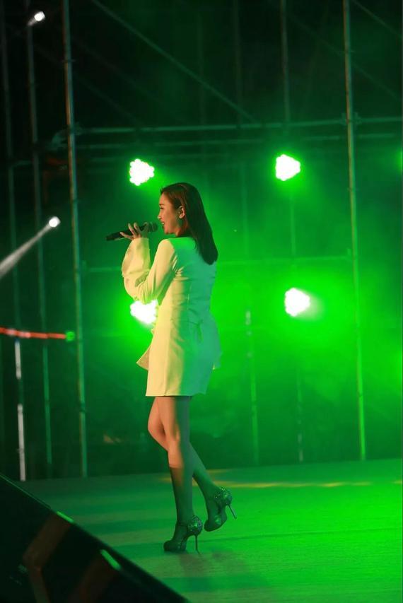 黑龙江省歌舞剧院青年独唱演员王晏以一首《佛系少女》给大家留下深刻印象