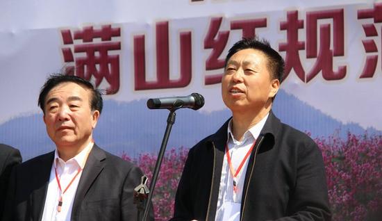通河县委书记刘长河在揭牌仪式中致辞