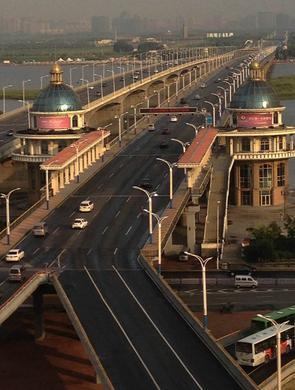 公路大桥38条公交调整