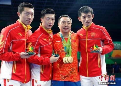 资料图:2016里约奥运男子乒乓球团体赛决赛,中国队最终以总比分3:1的成绩战胜日本队获得冠军。中新网记者 盛佳鹏 摄