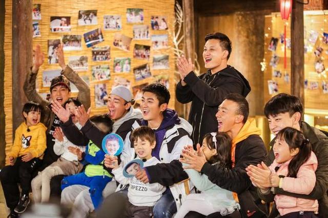 《爸爸5》总导演曝差点错过陈小春 功臣是应采儿