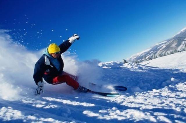 沈阳滑雪场教练游客起冲突 回应称游客打教练在先