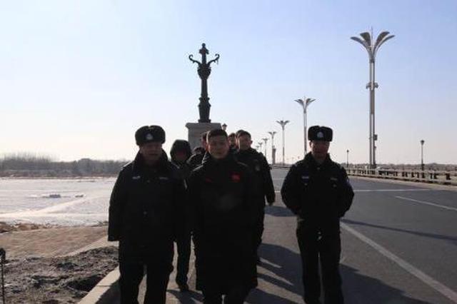 哈市呼兰分局出动警力400人次进行安全大检查