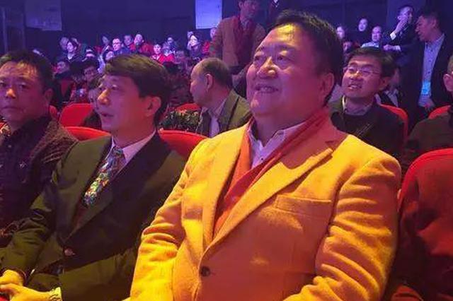 """来自哈尔滨的""""笑脸哥""""今年春晚突然中途离席"""